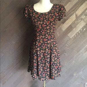 Vintage Navy Floral Mini Dress 🌸🌸🌸